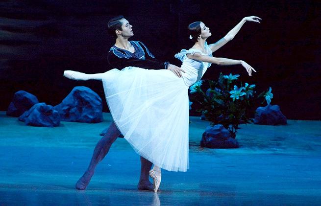Adolphe Adam: Giselle című klasszikus balett előadása a Margitszigeten
