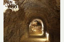 Tettyei-mesztufa-barlang